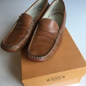 100% authentic Tod's Loafers